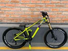 Bicicleta para Dowhill