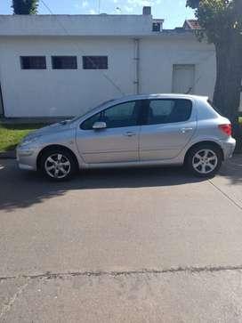 Peugeot 307 XS premium 2011 al día vtv recién hacha grabado de autopartes tapizado en cuero , techo , climatizador,etc