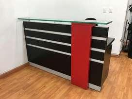 Mueble para recepciòn