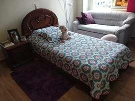 Barata,cama para dama o niña.