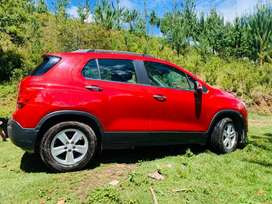Vendo camioneta Chevrolet tracker full equipo km 35000