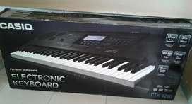 Electronic keiboard CASIO
