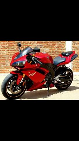 Yamaha R1 impecable