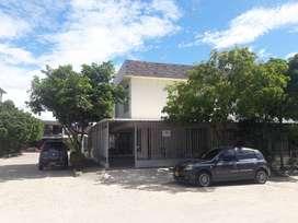 Se vende hermosa casa esquinera de dos pisos barrio el Tesoro Neiva Huila
