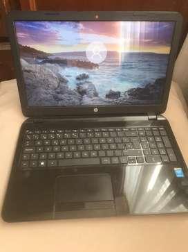 Vendo Lapto hp core i3 4ta generación 4gb de ram , disco de 740gb , batería dura 2 horas