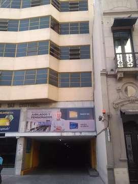 VENDO COCHERA EN EL CENTRO DE CORDOBA CAPITAL