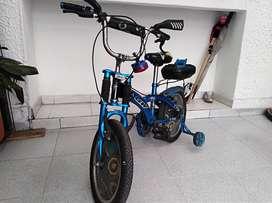 Se vende bicicleta usada para ñiño