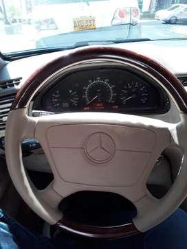 Mercedes Benz 320 1996
