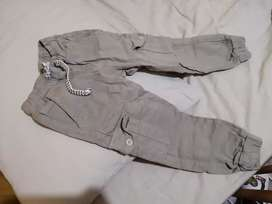 OFERTA!!! Pantalones talla 4 para niño