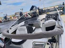 Lancha marine sur quicksilver 1600 con motor mercury 90 hp 2 tiempos
