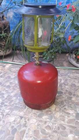 Vendo lampara a gas y garrafa camping luz