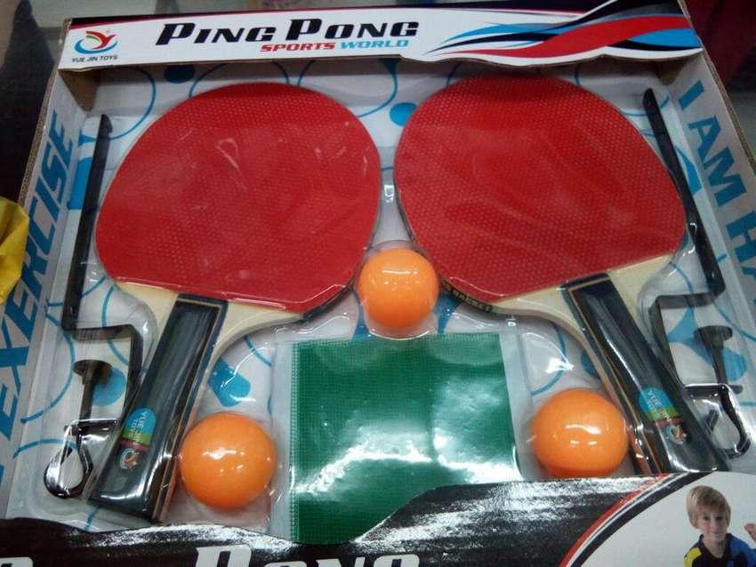 Juego completo de Raquetas, Parales, Malla y Bolas Ping pong 0