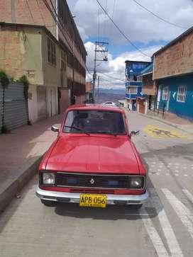 Vendo Renault 6 wassapp o llamadas