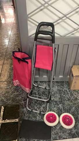 Carro de mercado rosa