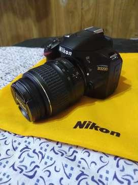 Nikon D3200 Réflex 18-55mm + Todos Los Accesorios + Sd 8gb