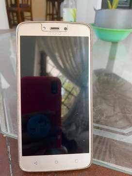 Motorola C Plus dorado
