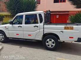 Vendo mi camioneta Mahindra Pick up 4x2