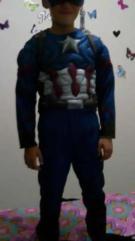 Vendo disfraz hombre araña. pantera negra .pirata