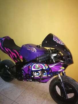 Vendo minimoto ninja para niños. Motor 50cc 2 tiempos
