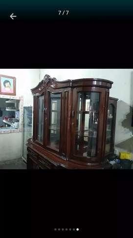 Se vende aparador de guayacan