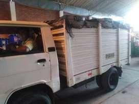 Alquilo camion Hyundai Porter por mes para Empresas