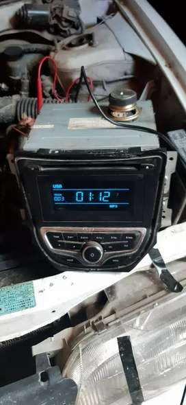 Vendo autoradio original con usb y cd