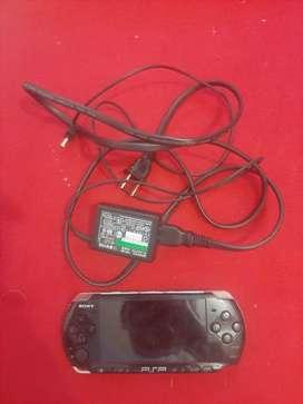 PSP 2012 Semi Nuevo Completo Con 15 Juegos