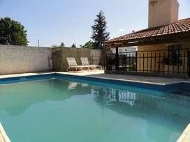 my55 - Casa para 4 a 8 personas con pileta y cochera en Villa Carlos Paz