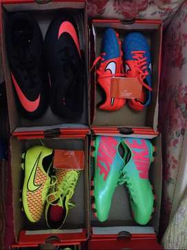 Botines Nike Chicos para Cesped Talle 35