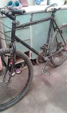 Bicicleta montañera 26 a S/.170