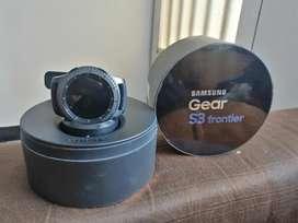 Vendo o cambio reloj samsung gear s3 frontier poco uso aun con garantía