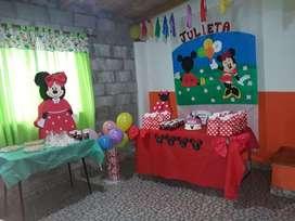 Armado de piñatas , frascos souvenir , telon de mesa principal ,  numeros para la mesa central  - Todas las tematicas