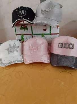 Venta de carteras y gorros gran promocion por epoca navideña precio bomba entrega a domicilio