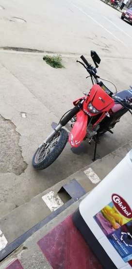 Vendo moto axxo 200