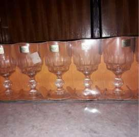 Copas de agua importadas
