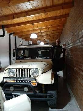 Jeep IKA Motor Chevrolet 4 x2 equipado