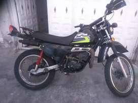 Vendo Moto Suzuki TS185