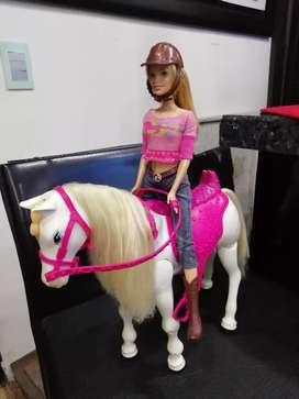 Barbie jinete