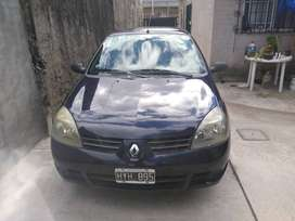 Vendo Clio modelo 2009.