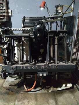 Maquina tipografica Serramatic