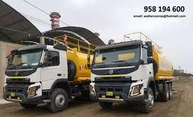 Alquiler de Cisterna de Agua de 5,000 galones - Volvo Fmx500