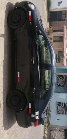 Vendo auto Yaris