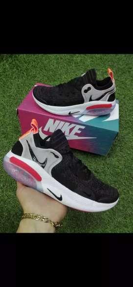 Tenis Nike Joyride Caballero