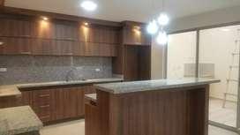 Hermosa casa en venta por estrenar con excelentes acabados y muy bien ubicada en el sector de machangara via a Ricaurte