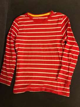 Remera MotherCare. Talle 6-7