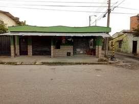 Casa esquinera con negocio - Barrio Delirio Covisan Villavicencio