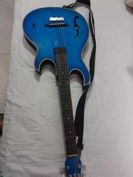 Excelente Guitarra