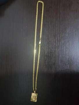 Cadena de oro laminado