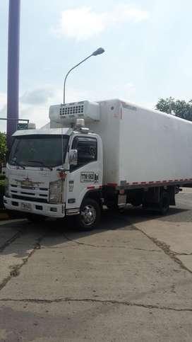 Vendo NQR 2013 furgon refrigerado termo HT500 de congelacion