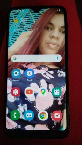 Vendo celular Samsung galaxy A de muy buen estado y con su cargador orginal